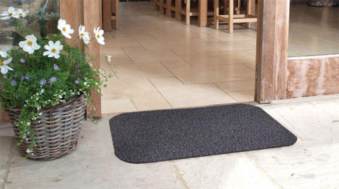 Things To Consider Before Buying Outdoor Mat For Mud