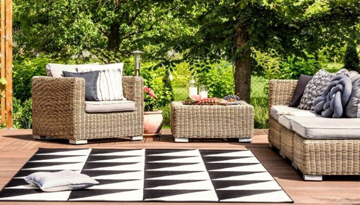 best outdoor rug material for rain